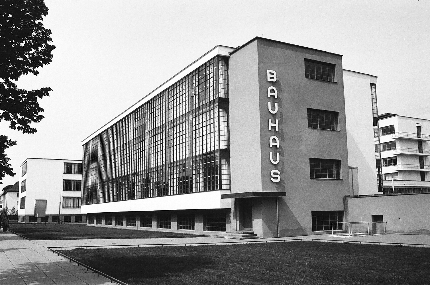 100 Years of Bauhaus: 10 Facts That Will Make You Look Like an Expert