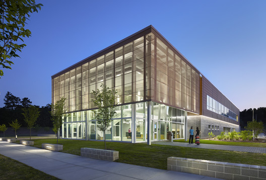 Abbotts Creek Community Center / Clark Nexsen
