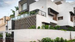 Mahadev Residence / INK Architecture