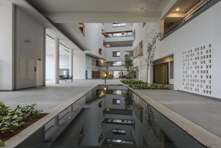 Parkside Retirement Homes / Mindspace, © PHX india,  Mindspace
