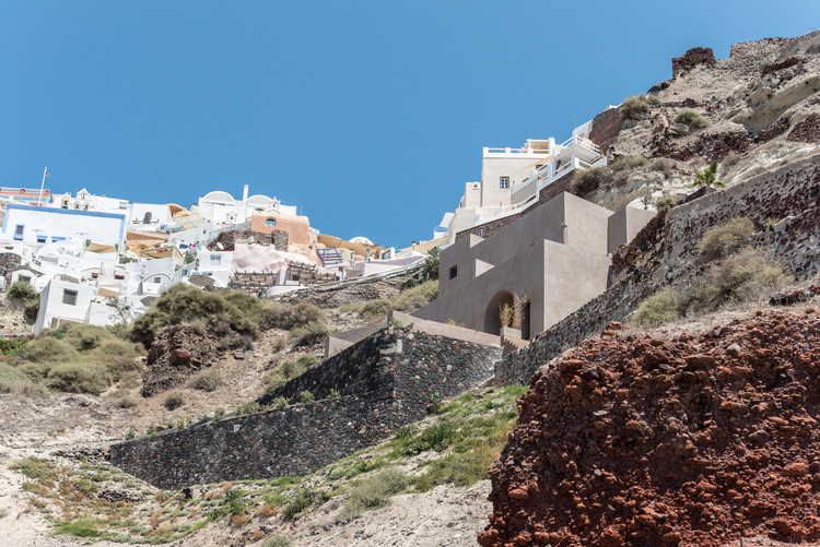 Small Hotel in OIA Castle / Kapsimalis Architects, © Giorgos Sfakianakis