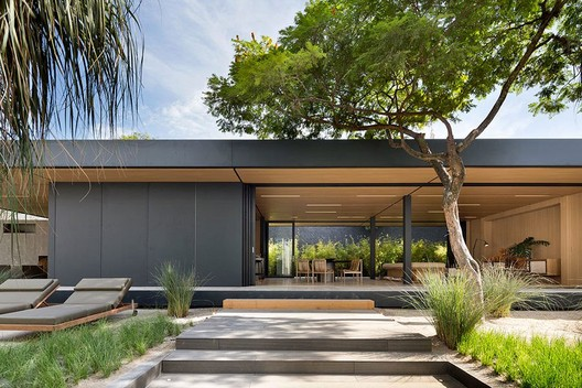 This Brazilian Startup Creates Smart, Pre-Fabricated Homes in Half the Time