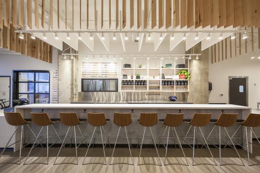 Bløm Meadworks / Synecdoche Design Studio