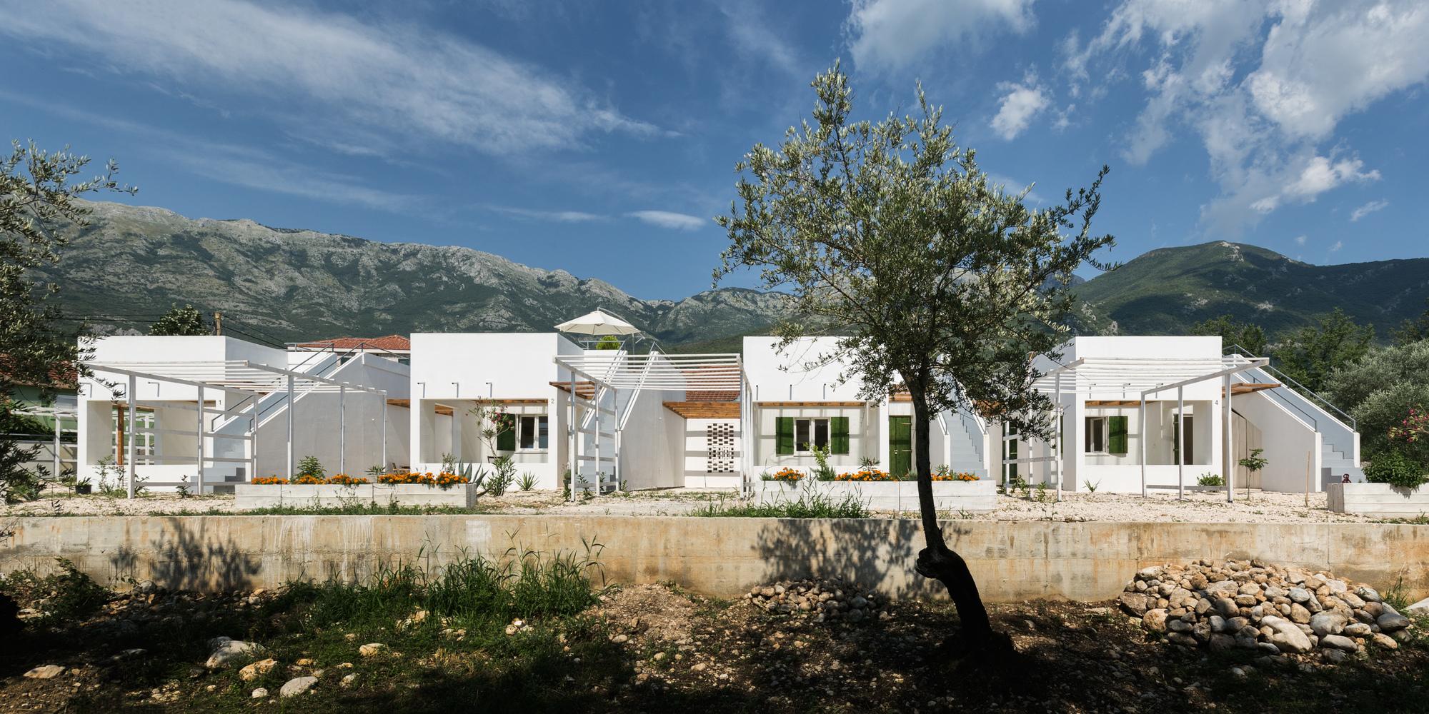 Summer Houses / AKVS architecture