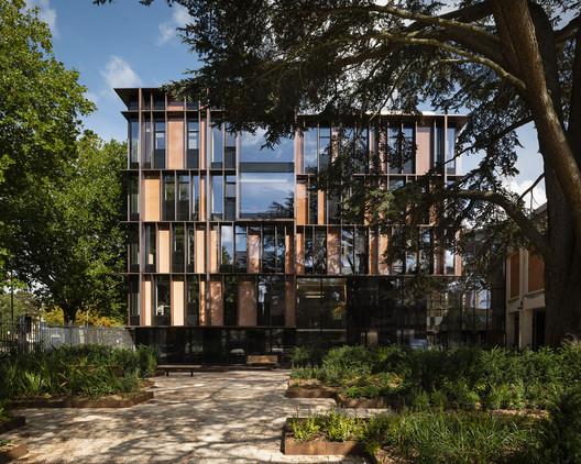 University of Oxford Beecroft Building / HawkinsBrown