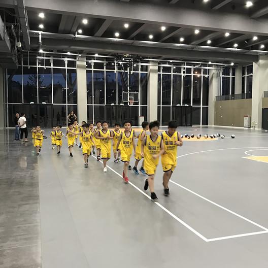 Basketball Camp . Image © Lianping Mao