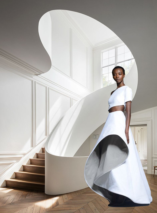 Sculptural forms emerge from the use of curves in architecture and fashion. Interior staircase in Boston residence designed by the architectural office Steven Harris Architects and Rossie Assoulin Resort 2015 collection. Image Courtesy of Viktoria Al. Lytra