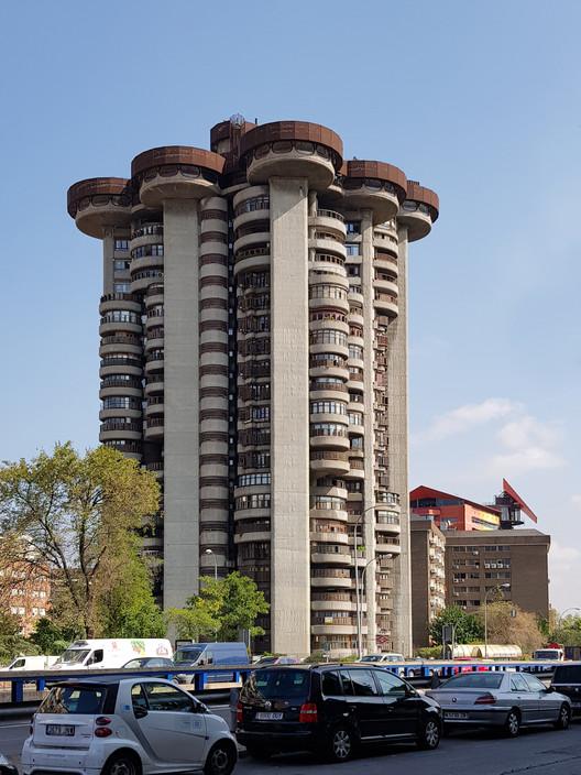 Clásicos de Arquitectura: Torres Blancas / Francisco Javier Sáenz de Oiza, © Nicolás Valencia