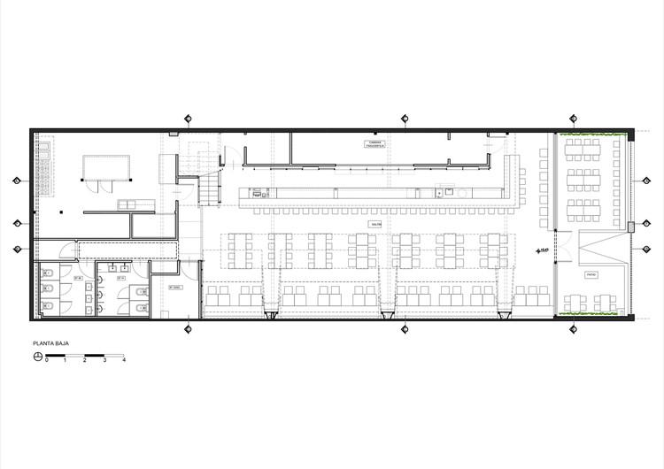 Bares y restaurantes 50 ejemplos en planta y secci n for Planos de bares pequenos