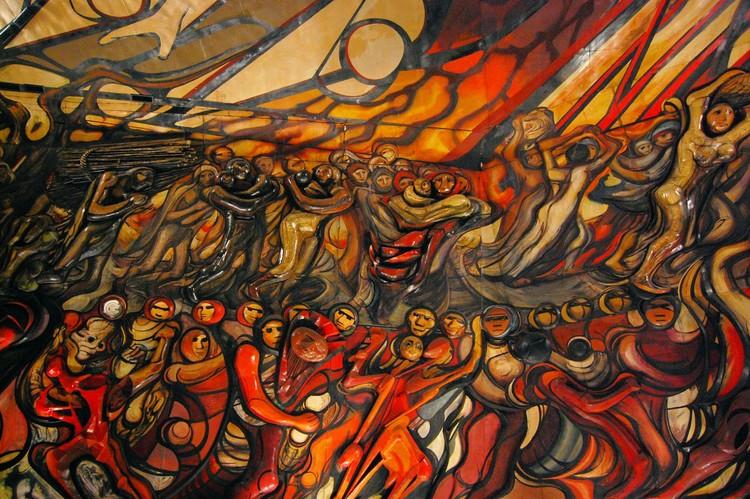 """Un ápice de solidaridad en la sociedad contemporánea a un año del 19S, """"Marcha de la Humanidad"""", David Alfaro Siqueiros. Image vía MXCity"""