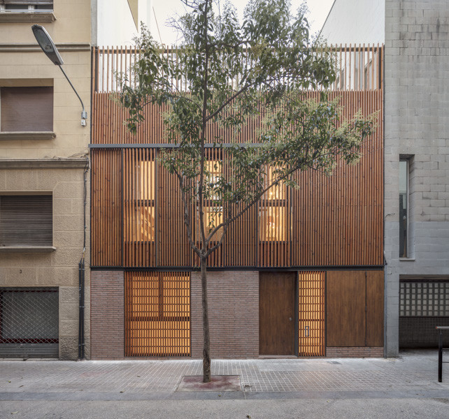Reforma casa en Gràcia / Sergi Pons, © Adrià Goula