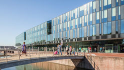 Delft City Hall and Train Station / Mecanoo