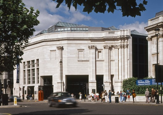 Sainsbury Wing at the National Gallery, London (1991). Image © Timothy Soar