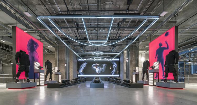 Adidas NYC / Gensler, © Dirk Tacke, Cortesia de adidas