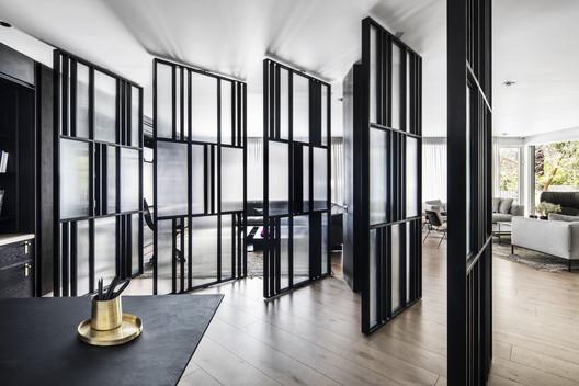 E.Y House / Architect Oshir Asaban
