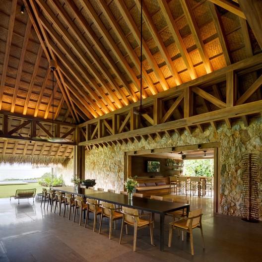 House on the Pacific Coast / Bernardi + Peschard arquitectura. Image © Rafael Gamo