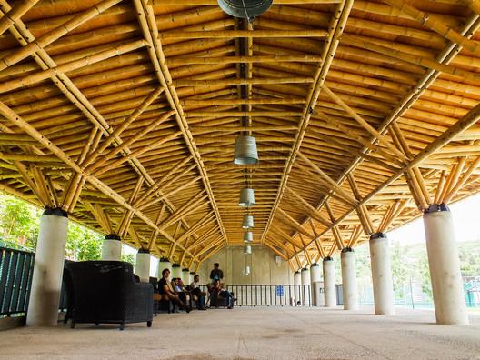 Sport City Oaxaca / Rootstudio + Arquitectos Artesanos. Image © Angel Ivan Valdivia Salazar