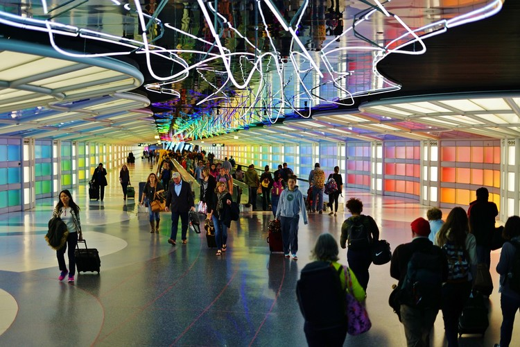 Studio Gang, BIG, Calatrava and SOM Among Teams Competing For Multi-Billion Chicago O'Hare Contract, © Shutterstock