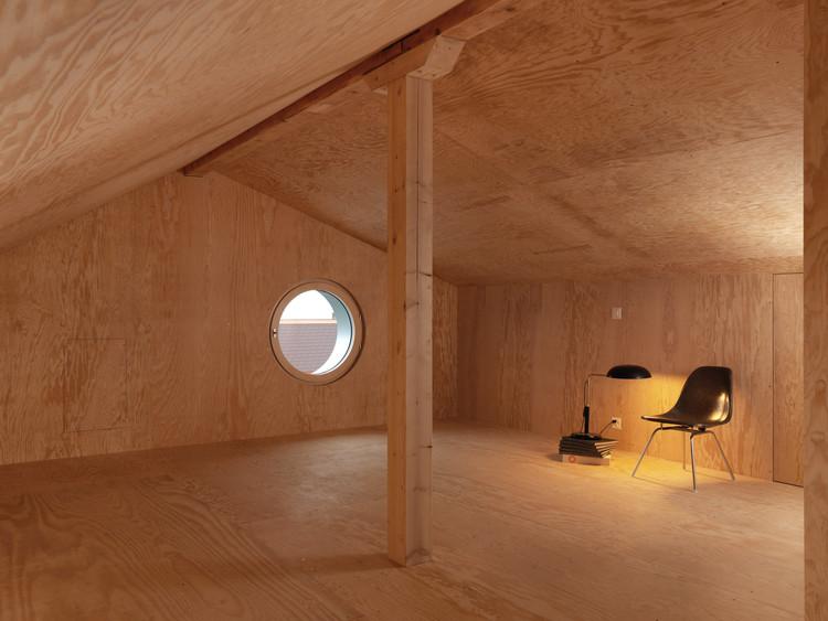 House Renovation and Extension in Peseux / Graber & Petter Architectes Sàrl, © Lionel Henriod
