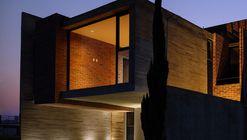 Rojo Luz III / Rojo Luz + ADD Arquitectura e Interiores