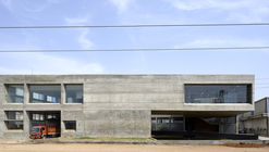 Concrete Void – Vijay Transtech Factory / Sameep Padora & Associates