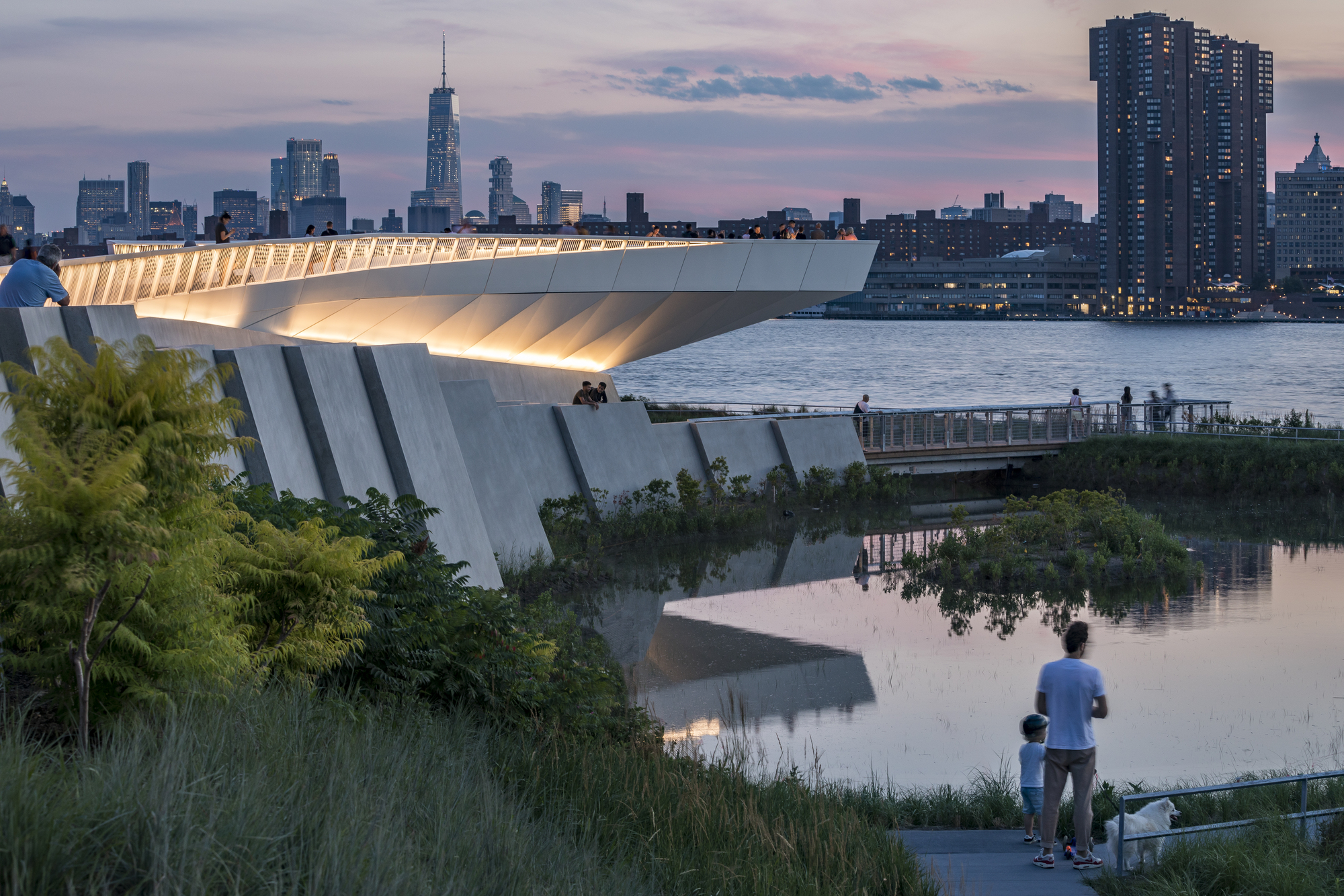 Hunter's Point South Waterfront Park Phase II / SWA/BALSLEY + WEISS/MANFREDI