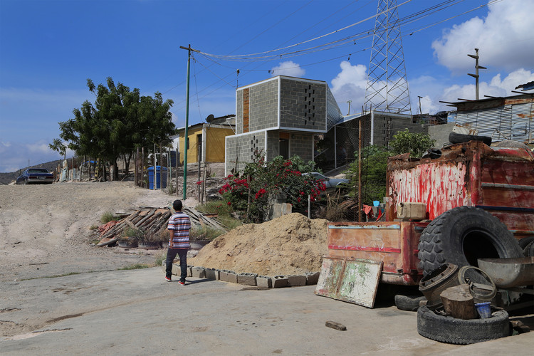 Casa Núcleo / AGA estudio, © Karina Domínguez, María Lennon, Génesis Rodríguez