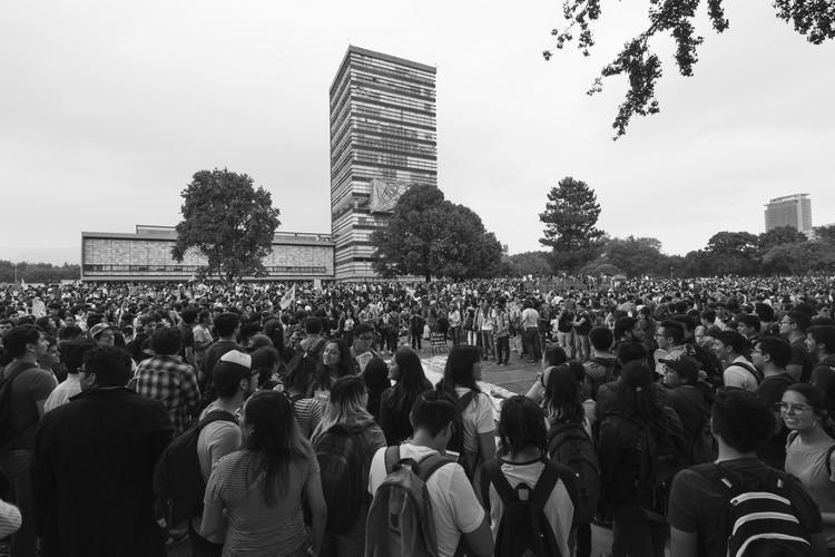 El campus universitario como espacio de protesta , © Gonzalo Mendoza Morfín