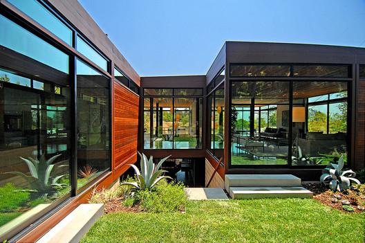 Plant PreFab Home. Image Courtesy of Plant PreFab