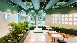 Café Loge  / The Cornerz + Kode Architects