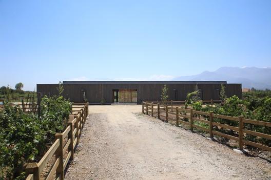 Casa BG Pirque / Apio Arquitectos