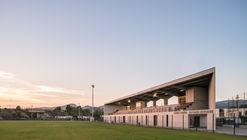 Stadium Sastre / Baito Architectes