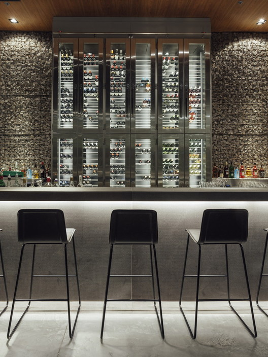 BAH Restaurante Parkshopping / Tellini Vontobel Arquitetura. Image © Cristiano Bauce