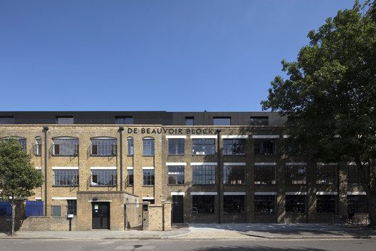 De Beauvoir Block / Henley Halebrown