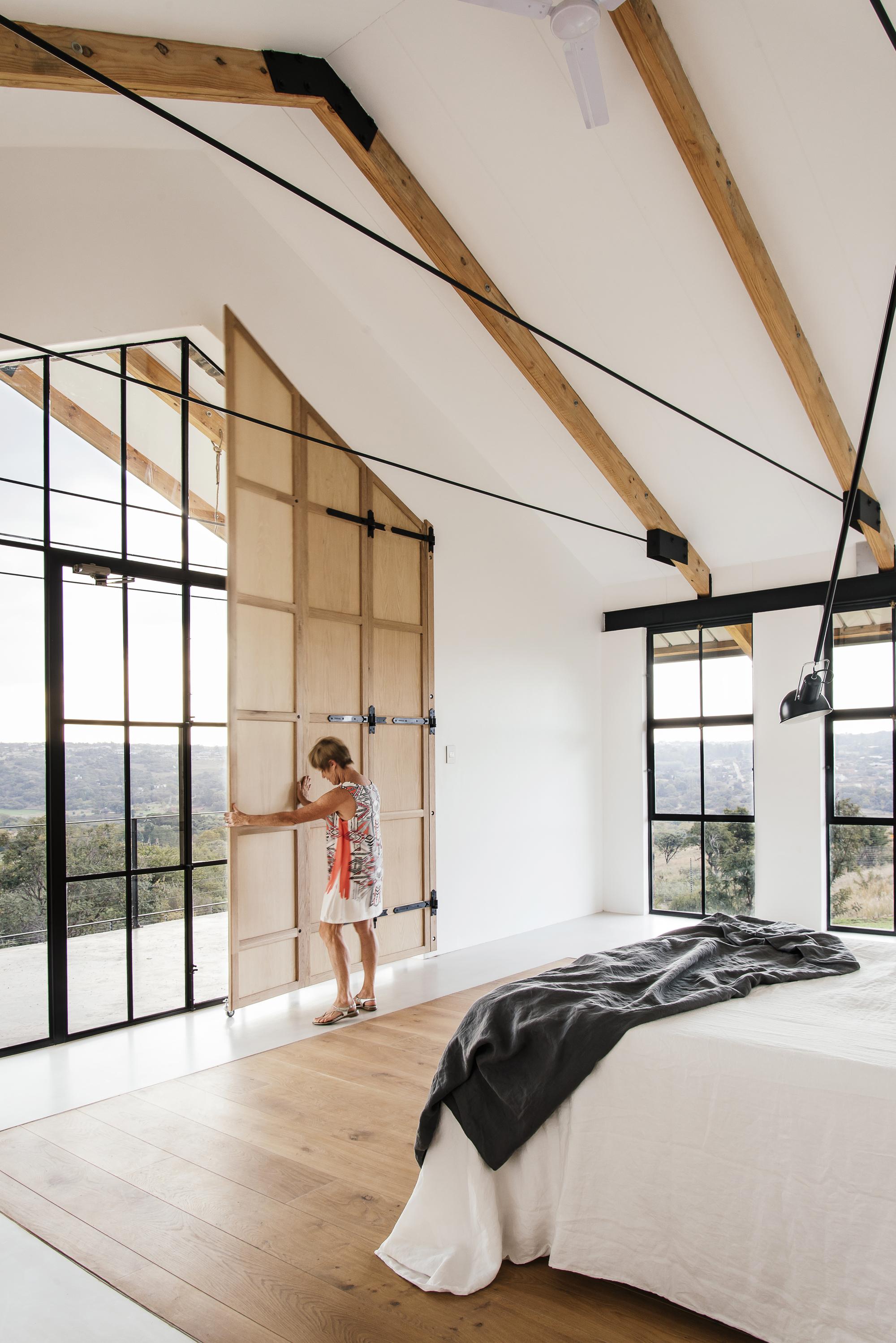 The Conservatory / Nadine Engelbrecht