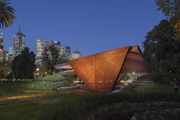 Carme Pinós' Designed 2018 MPavilion Opens in Melbourne, MPavilion 2018 / Carme Pinos. Image © John Gollings