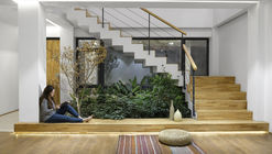 Courtyards Villa / Maena Architects