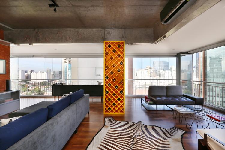 Itaim Bibi I  / Viviane Gobbato Arquitetura, © Mariana Orsi