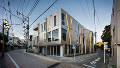 Kugayama South Gate Building / Ryuichi Sasaki / Sasaki Architecture