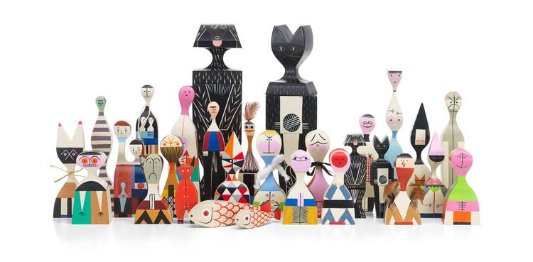 Dia das Crianças: brinquedos e artefatos lúdicos projetados por arquitetos e designers, Wooden Dolls / Alexander Girard. © Vitra