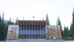 Moose Creek Warming Hut / University of Idaho Design-Build Program