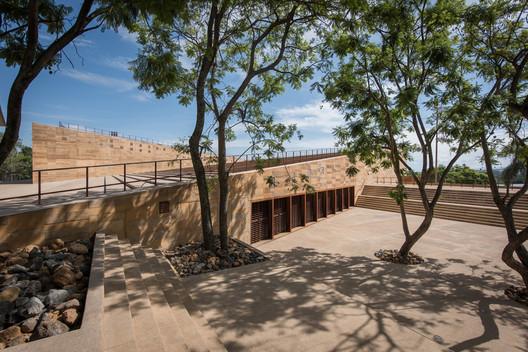 Centro Cultural Teopanzolco / Isaac Broid + PRODUCTORA. Image © Jaime Navarro