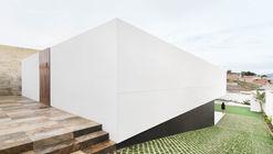 Buganvilla House / Ruben Muedra Estudio de Arquitectura