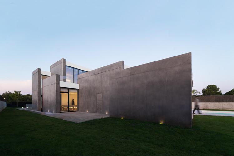 Casa Tangente / Ruben Muedra Estudio de Arquitectura, © Adrian Mora Maroto