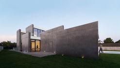 Casa Tangente / Ruben Muedra Estudio de Arquitectura
