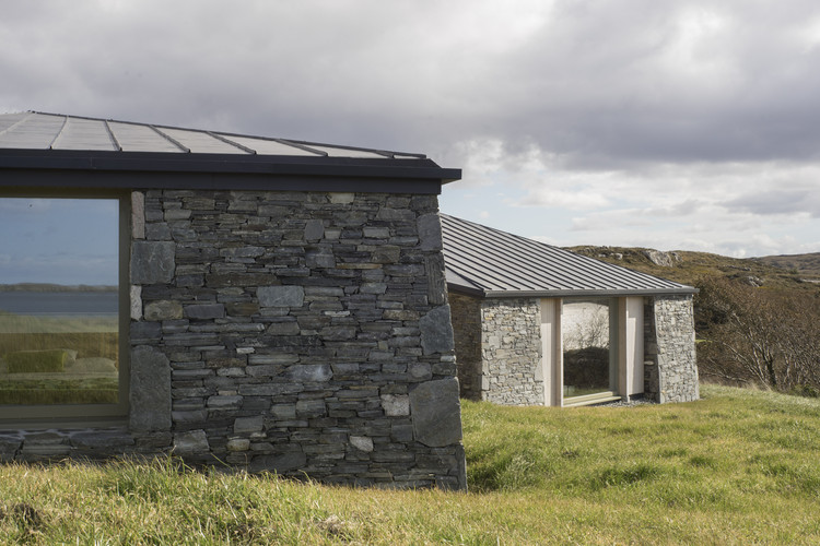House on Clifden Bay / Tierney Haines Architects, © Stephen Tierney