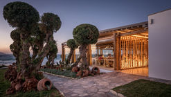 Mitsis Rinela Beach Resort & Spa / Elastic Architects