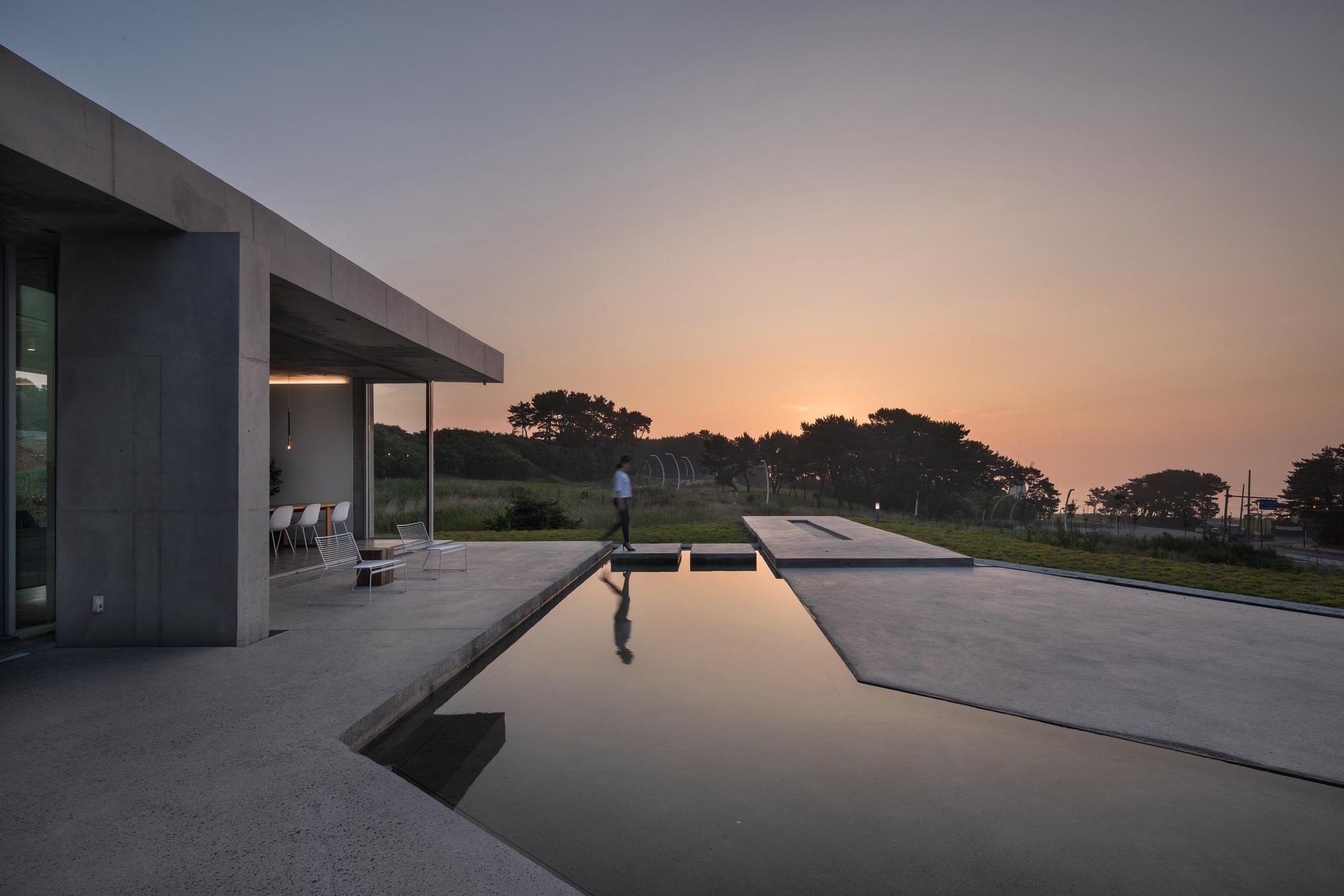 Cheonggye-Ri House / JMY architects