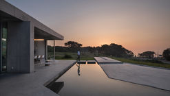 [EARNEST CAPE] The Hill where the sky and the sea take a break / JMY architects + PLS Architects