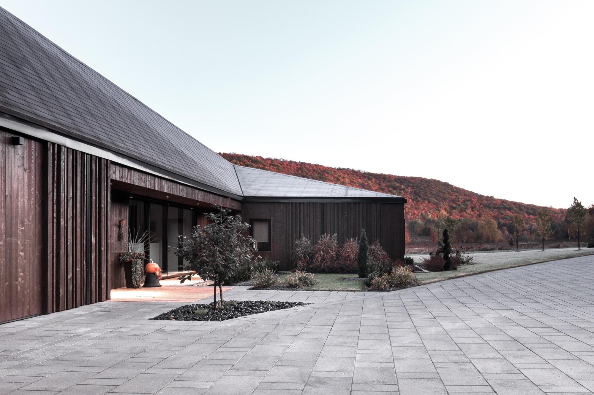 Vallée du Parc Residence / Chevalier Morales Architects